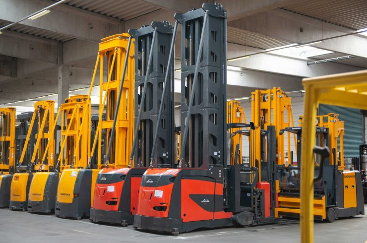 warehouse handling equipment and special trucks from Linde