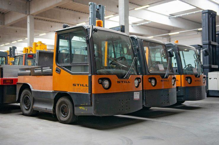 牵引车和运输车 STILL R 06, R 07, R 08