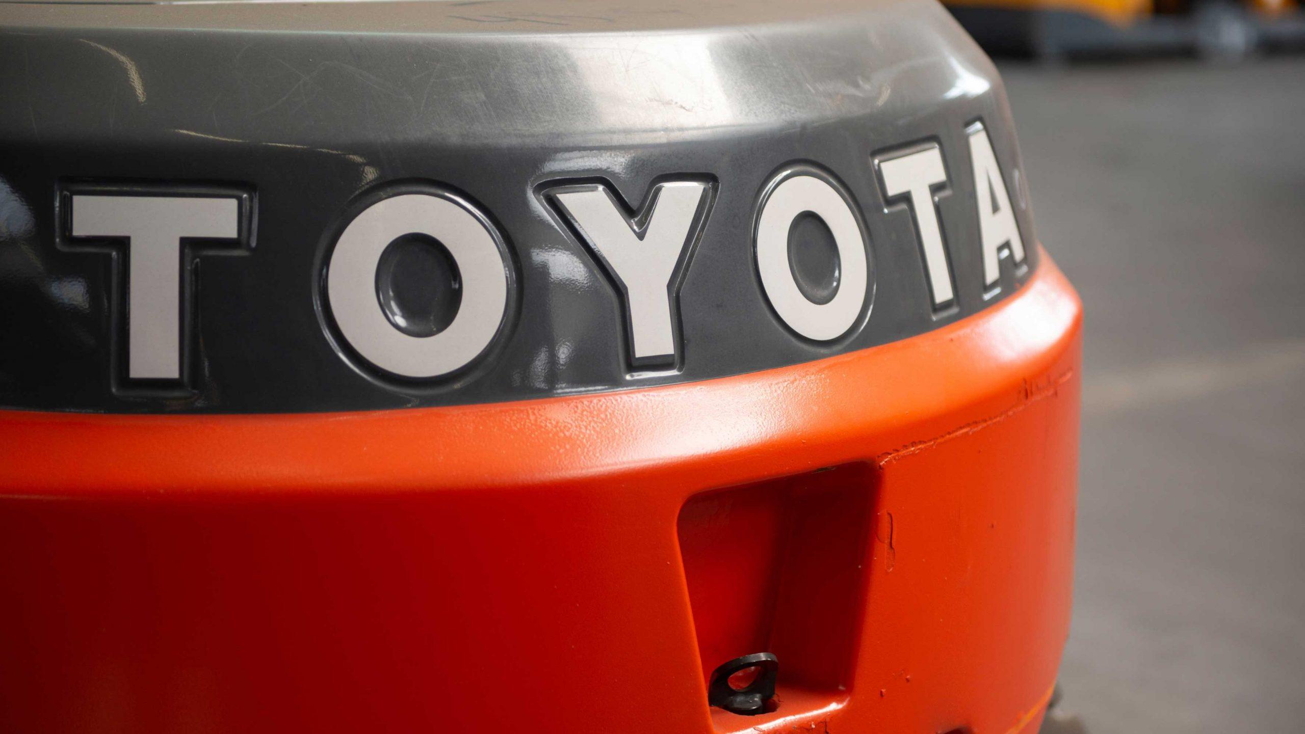 TRAFIK Bremen  - Toyota - BT carelli usati